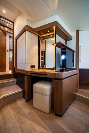 Master Stateroom 2017 ABSOLUTE 52 Navetta Motor Yacht 2608584