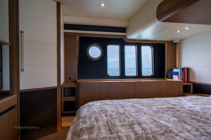 Master Stateroom 2017 ABSOLUTE 52 Navetta Motor Yacht 2608585