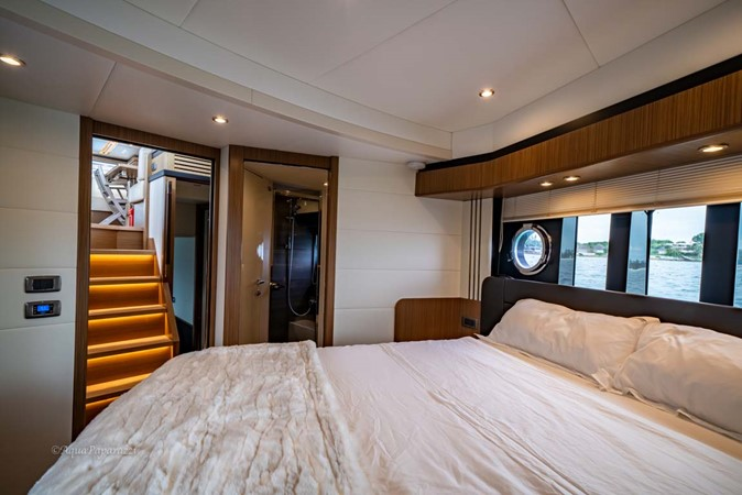 VIP Guest Stateroom 2017 ABSOLUTE 52 Navetta Motor Yacht 2608591