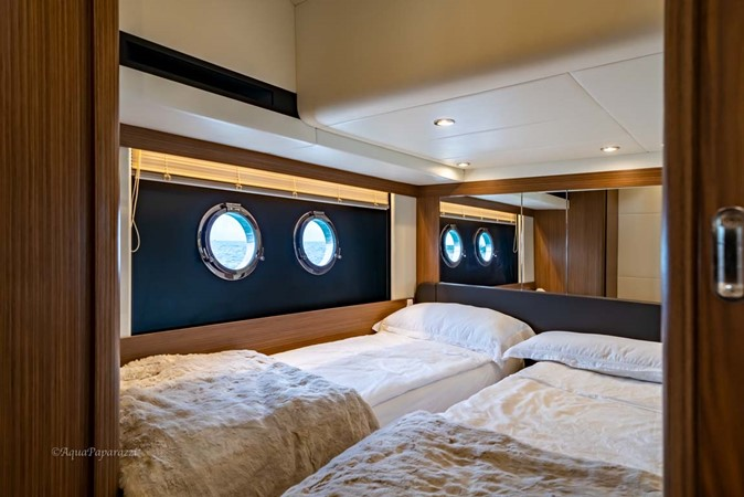 Central Guest Cabin 2017 ABSOLUTE 52 Navetta Motor Yacht 2608596