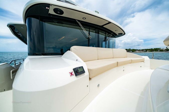 Foredeck Seating 2017 ABSOLUTE 52 Navetta Motor Yacht 2608602