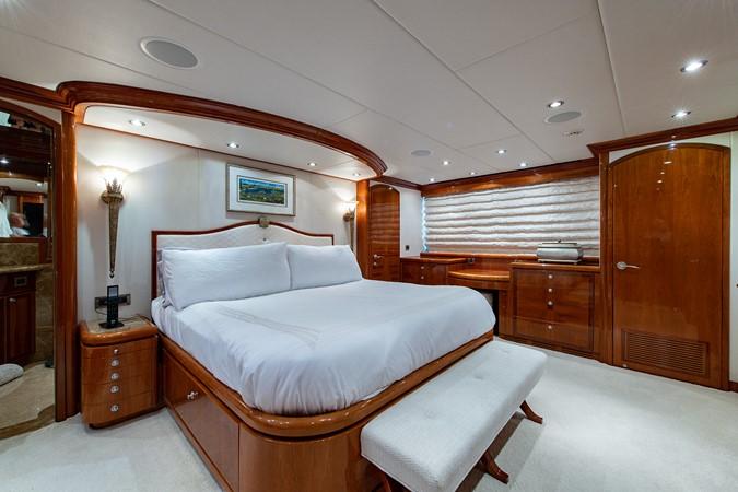 2010 HARGRAVE Flybridge Wide Body Motor Yacht Motor Yacht 2608719
