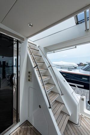 2010 HARGRAVE Flybridge Wide Body Motor Yacht Motor Yacht 2608727