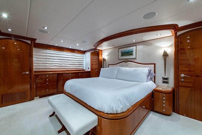 2010 HARGRAVE Flybridge Wide Body Motor Yacht Motor Yacht 2608759