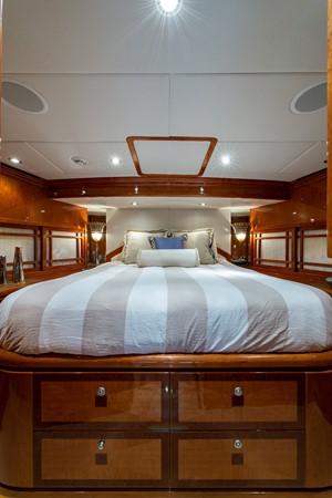 2010 HARGRAVE Flybridge Wide Body Motor Yacht Motor Yacht 2608779