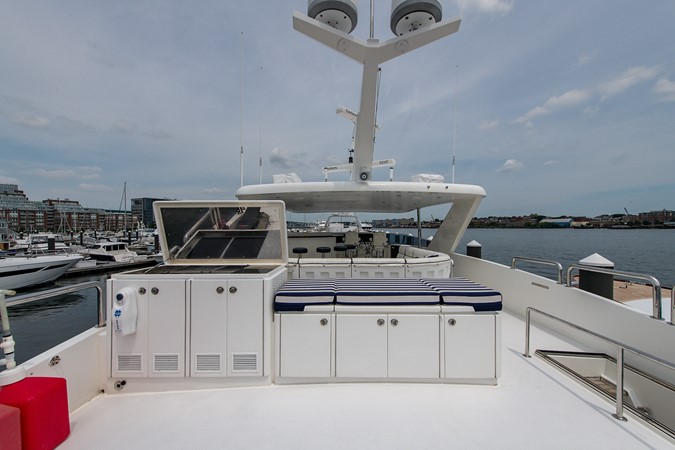 2010 HARGRAVE Flybridge Wide Body Motor Yacht Motor Yacht 2608825