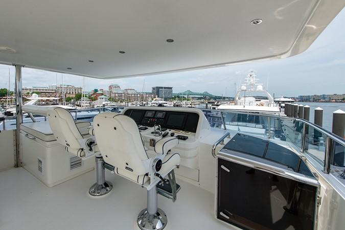 2010 HARGRAVE Flybridge Wide Body Motor Yacht Motor Yacht 2608834