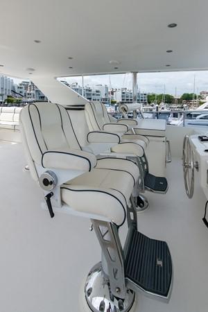 2010 HARGRAVE Flybridge Wide Body Motor Yacht Motor Yacht 2608836