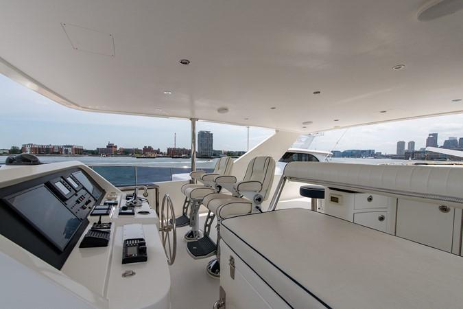 2010 HARGRAVE Flybridge Wide Body Motor Yacht Motor Yacht 2608841