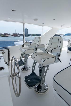 2010 HARGRAVE Flybridge Wide Body Motor Yacht Motor Yacht 2608842