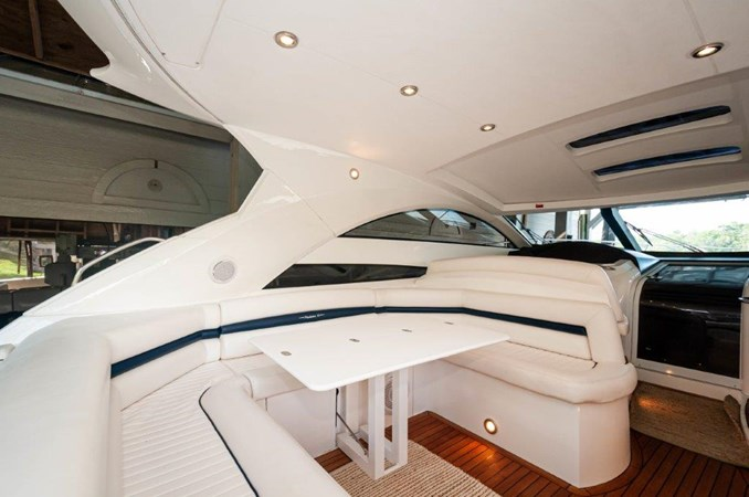 2007 55 Sunseeker Predator Cockpit  2007 SUNSEEKER 55 Predator Motor Yacht 2612568
