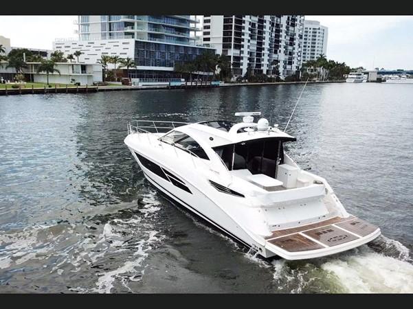 2015 SEA RAY 510 Sundancer Motor Yacht 2609150