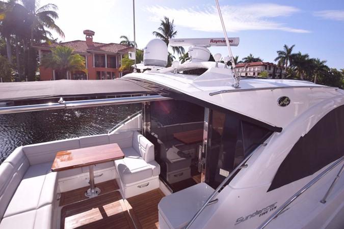 2015 SEA RAY 510 Sundancer Motor Yacht 2609158