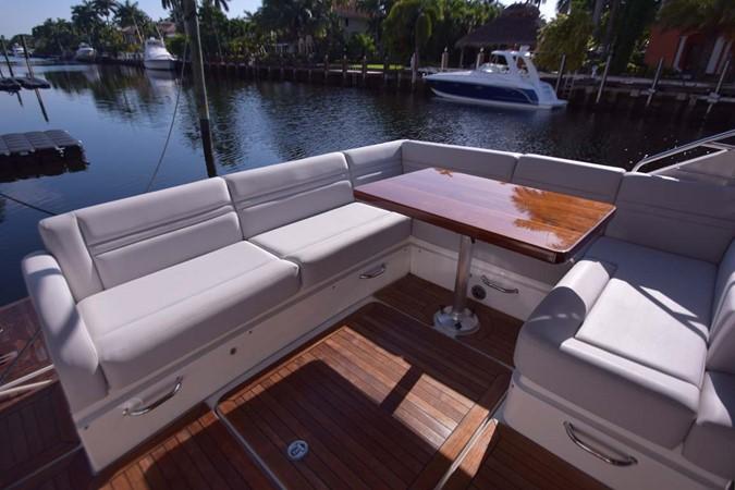 2015 SEA RAY 510 Sundancer Motor Yacht 2609159