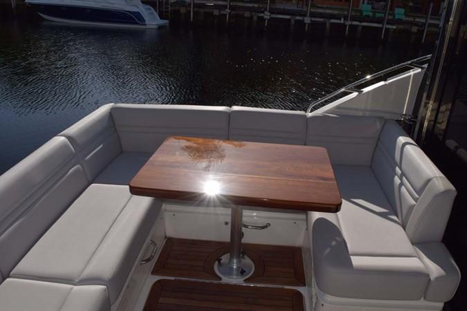 2015 SEA RAY 510 Sundancer Motor Yacht 2609160