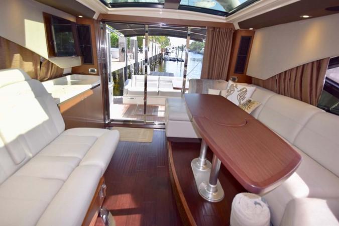 2015 SEA RAY 510 Sundancer Motor Yacht 2609168