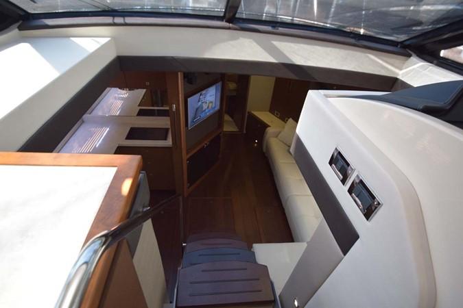 2015 SEA RAY 510 Sundancer Motor Yacht 2609174