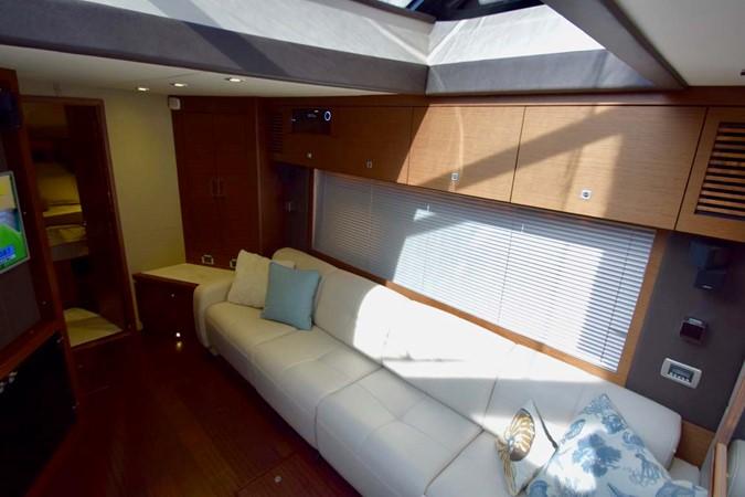 2015 SEA RAY 510 Sundancer Motor Yacht 2609178