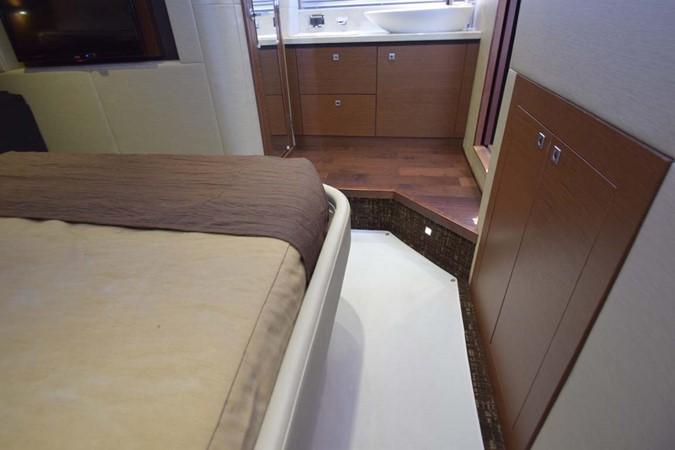 2015 SEA RAY 510 Sundancer Motor Yacht 2609192