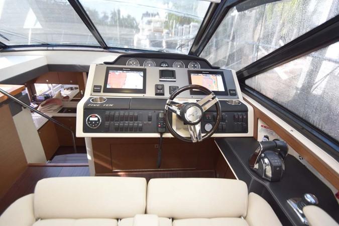 2015 SEA RAY 510 Sundancer Motor Yacht 2609205