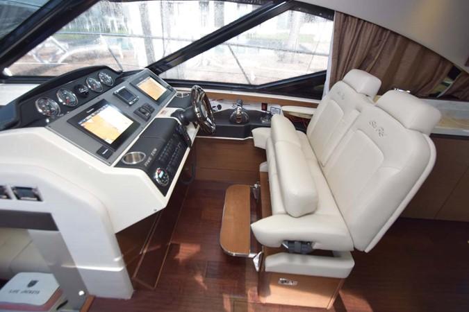 2015 SEA RAY 510 Sundancer Motor Yacht 2609209