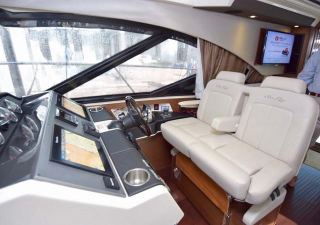 2015 SEA RAY 510 Sundancer Motor Yacht 2609211