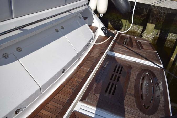 2015 SEA RAY 510 Sundancer Motor Yacht 2609215