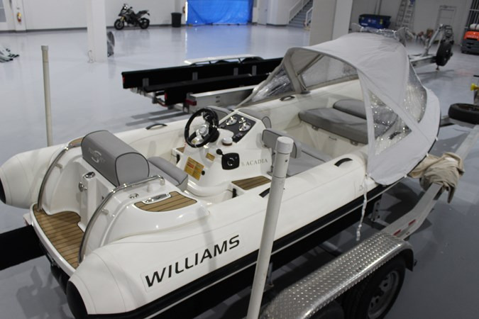 2016 Williams Jet Tender 2016 WILLIAMS PERFORMANCE TENDERS 445 Turbojet Tender 2609395