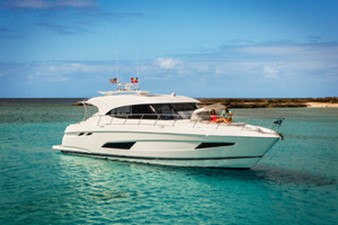 Riviera 5400 Sports Motor Yacht - Platinum Edition 256750