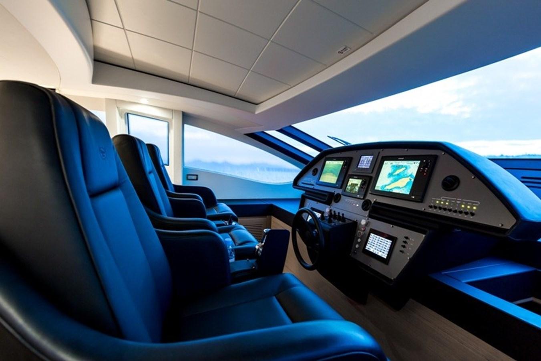 2015 PERSHING  Motor Yacht 2612103