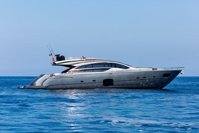 2015 PERSHING  Motor Yacht 2612077