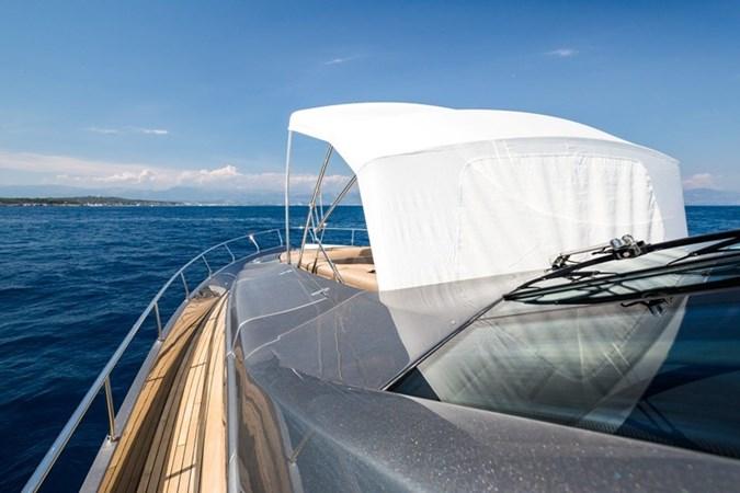 2015 PERSHING  Motor Yacht 2612098