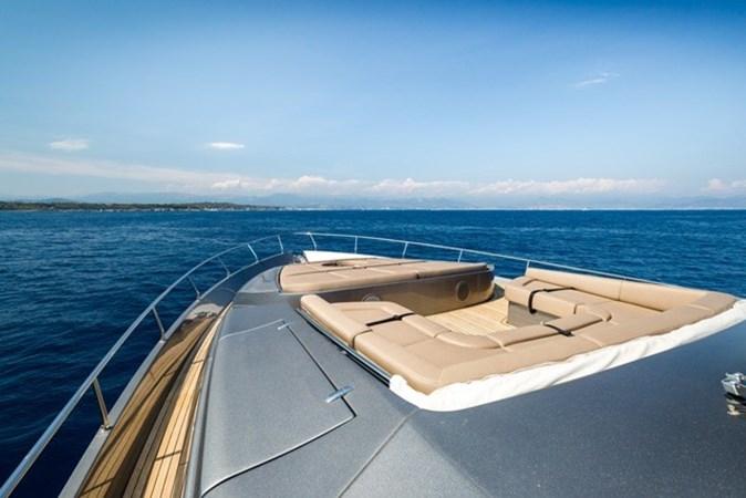 2015 PERSHING  Motor Yacht 2612099