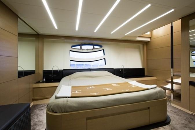 2015 PERSHING  Motor Yacht 2612105