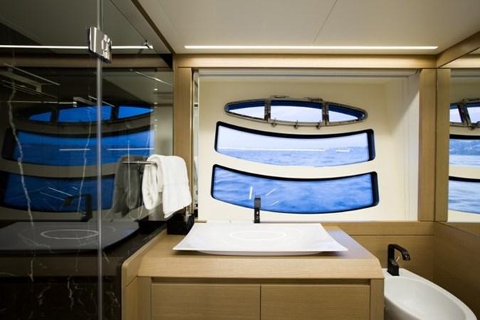 2015 PERSHING  Motor Yacht 2612106