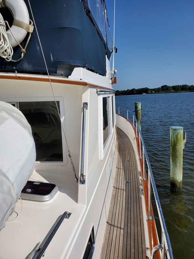 20190725_093555 lena 2003 GRAND BANKS 42 Classic Motor Yacht 2615699