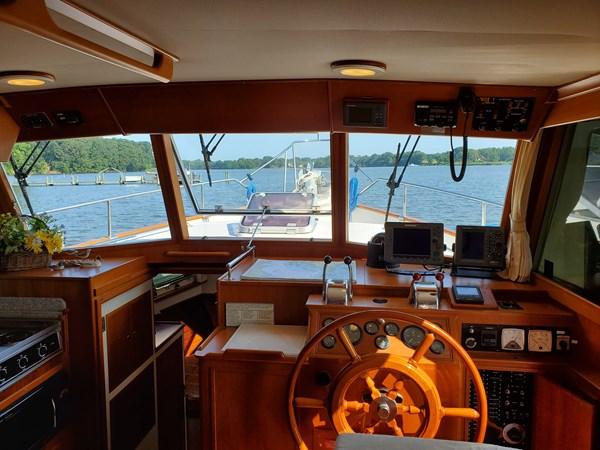 20190725_095032 lena 2003 GRAND BANKS 42 Classic Motor Yacht 2615701