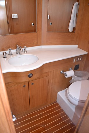 GUEST STATEROOM PORT HEAD 1999 ADMIRAL MARINE Custom Performance Sailing Yacht Cutter 2614156