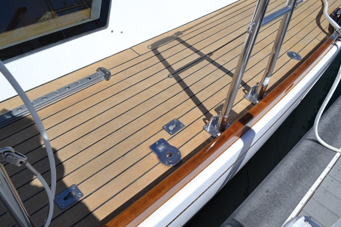 DECK 1999 ADMIRAL MARINE Custom Performance Sailing Yacht Cutter 2614164