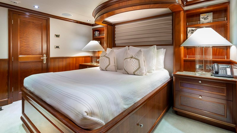 GUEST STATEROOM 2008 RICHMOND YACHTS  Motor Yacht 2620167