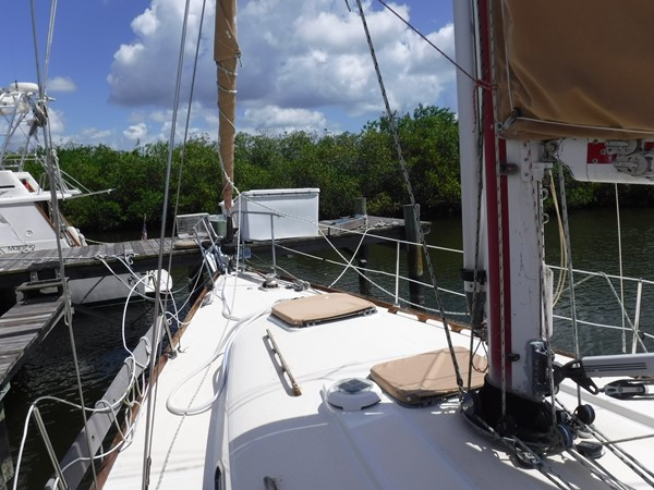1980 C & C Yachts Landfall Cruising/Racing Sailboat 2614760