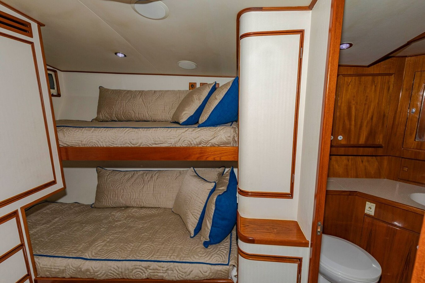Guest Bunk Stateroom with Head 1997 JIM SMITH Sportfish Sport Fisherman 2615056