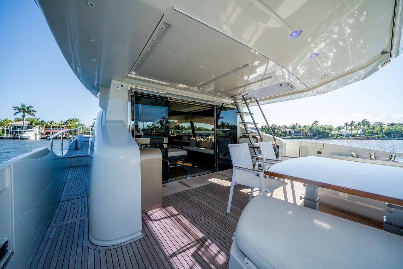 2013 AZIMUT  Motor Yacht 2617611
