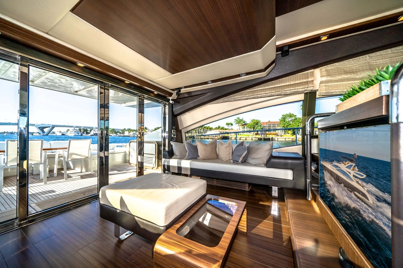 2013 AZIMUT  Motor Yacht 2617615