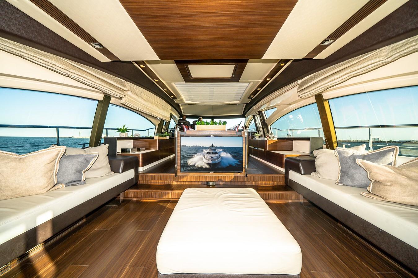 2013 AZIMUT  Motor Yacht 2617616