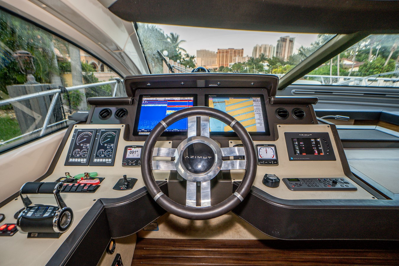2013 AZIMUT  Motor Yacht 2617621
