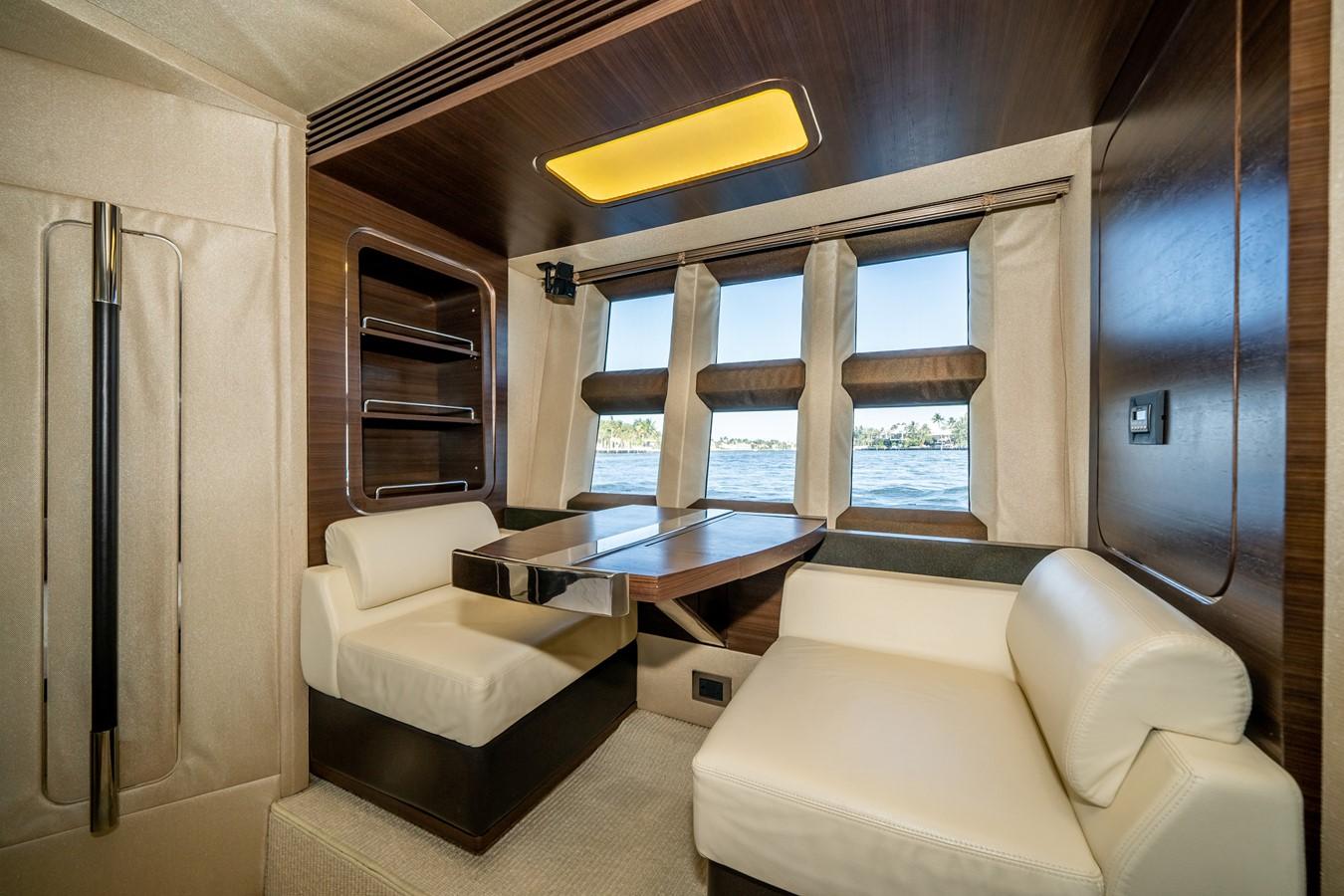 2013 AZIMUT  Motor Yacht 2617624
