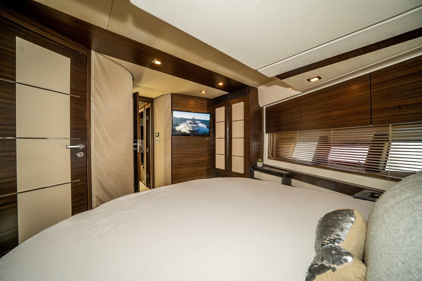 2013 AZIMUT  Motor Yacht 2617629