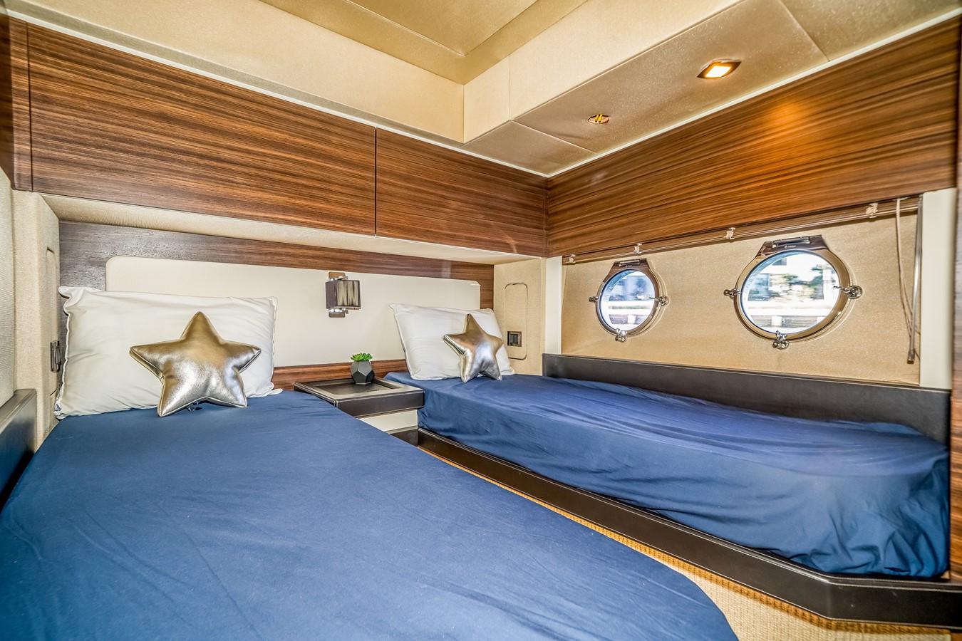 2013 AZIMUT  Motor Yacht 2617631