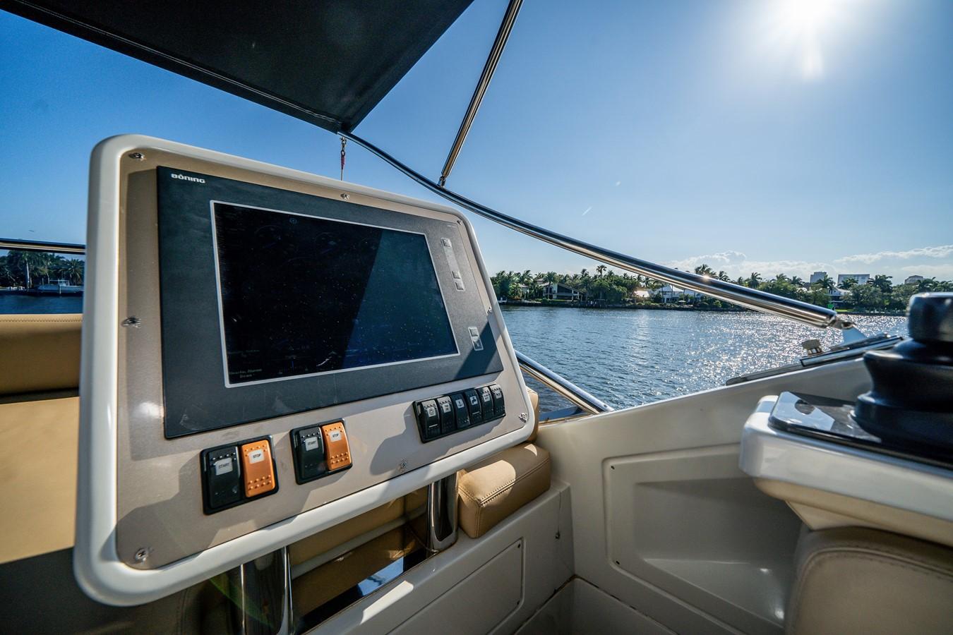 2013 AZIMUT  Motor Yacht 2617637